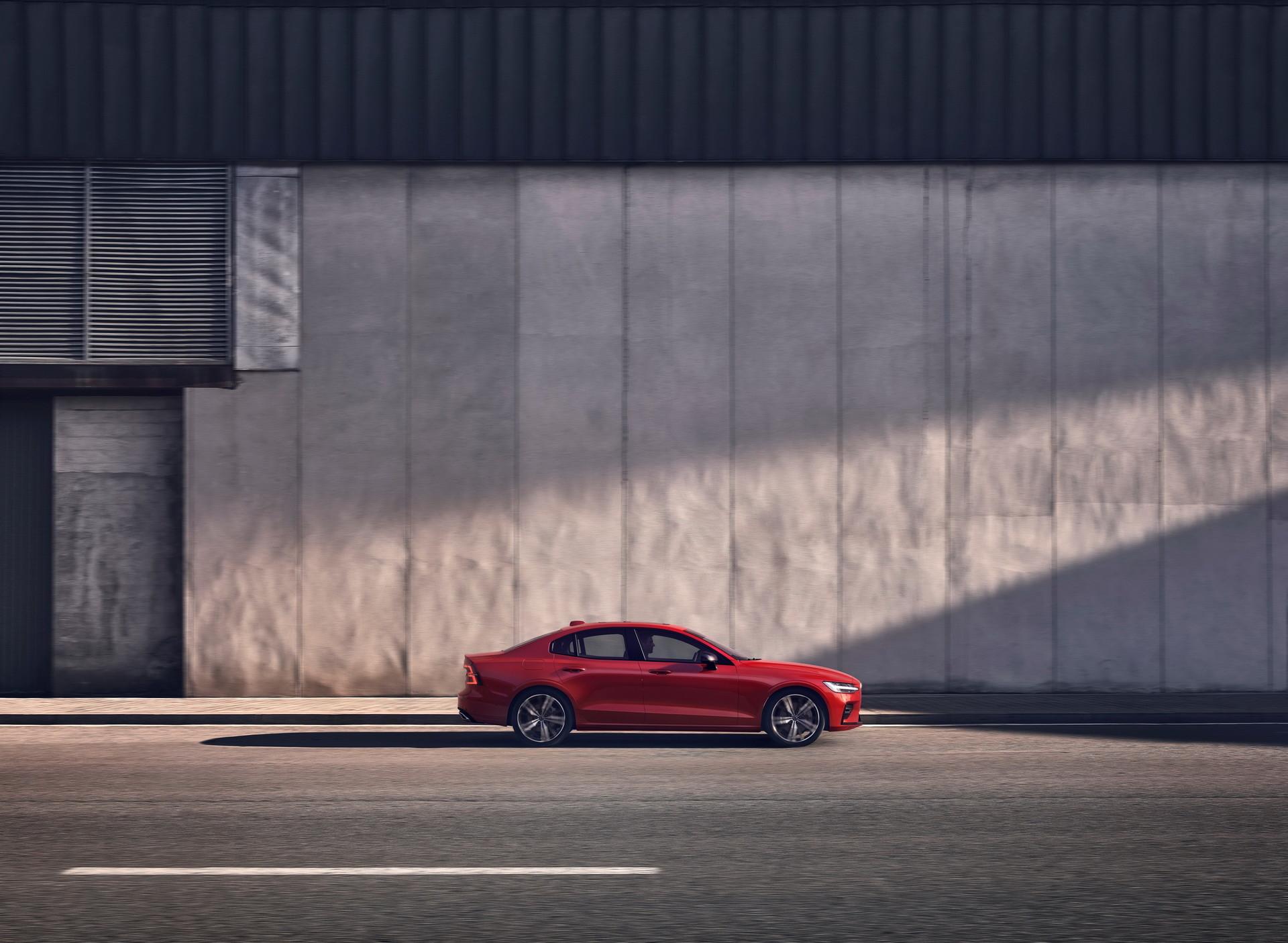 Foto de Volvo S60 2019 (10/40)
