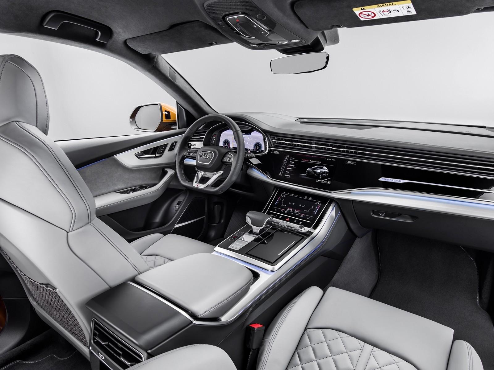Foto de Audi Q8 2019 (32/33)