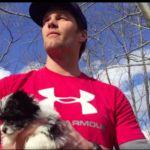 Tom Brady presenta a su nuevo perrete al estilo 'Rey León'