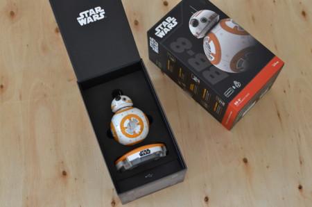 Probamos el robot BB-8 (con vídeo): un juguete irresistible si eres fan de Star Wars