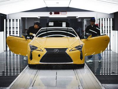 El Lexus LC europeo ya se fabrica en Japón con mimo digno de los mejores cortadores de sushi