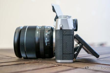 Fujifilm X T10 Lateral