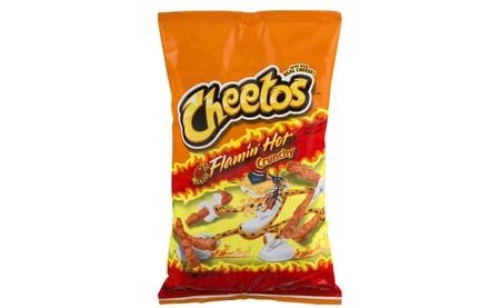 Los 'Cheetos Flamin' Hot' tendrán su propia película, contará la historia del creador del sabor y la dirigirá Eva Longoria