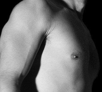 Empieza a preparar la piel del cuerpo para tomar el sol: tipos de exfoliantes corporales