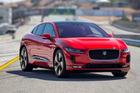 Jaguar I-Pace pisa el cielo de los 500 km de autonomía por carga con esta actualización