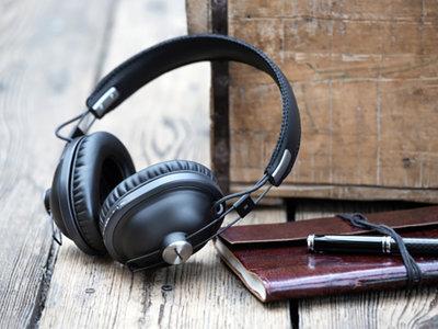 Panasonic renueva su gama de auriculares con aire retro y ahora lanza un nuevo modelo para escuchar música sin cables
