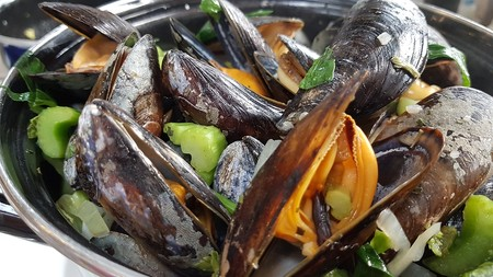 Mussels 4375642 1280