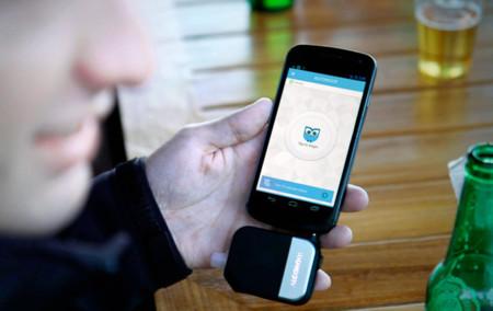 Alcohoot, el alcoholímetro que se conecta a tu iPhone