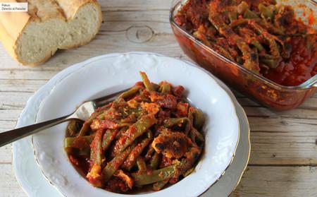 Judías verdes gratinadas con tomate y chorizo