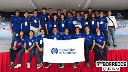 Alumnos del Tec de Monterrey ganan pase a RoboCup 2017 con robot de primeros auxilios