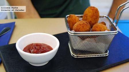 Croquetas de jamón con mermelada de tomate