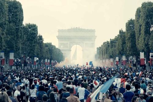 Cannes 2019: 'Bacurau' marca el primer hito de la sección oficial mientras que 'Les Misérables' cubre la cuota de cine francés