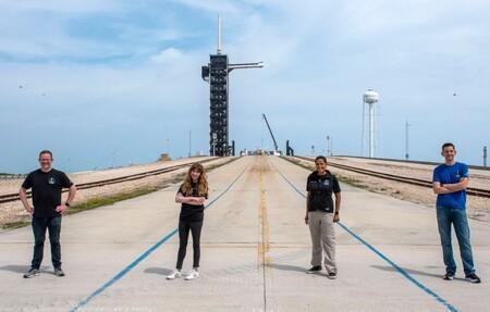 Una sobreviviente de cáncer, un veterano de guerra, un empresario y una profesora integrarán la misión Inspiration4 de SpaceX