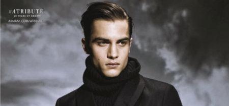 Aleksander Rusic posa para Sølve Sundsbø en una campaña de Armani de marcado estilo retro