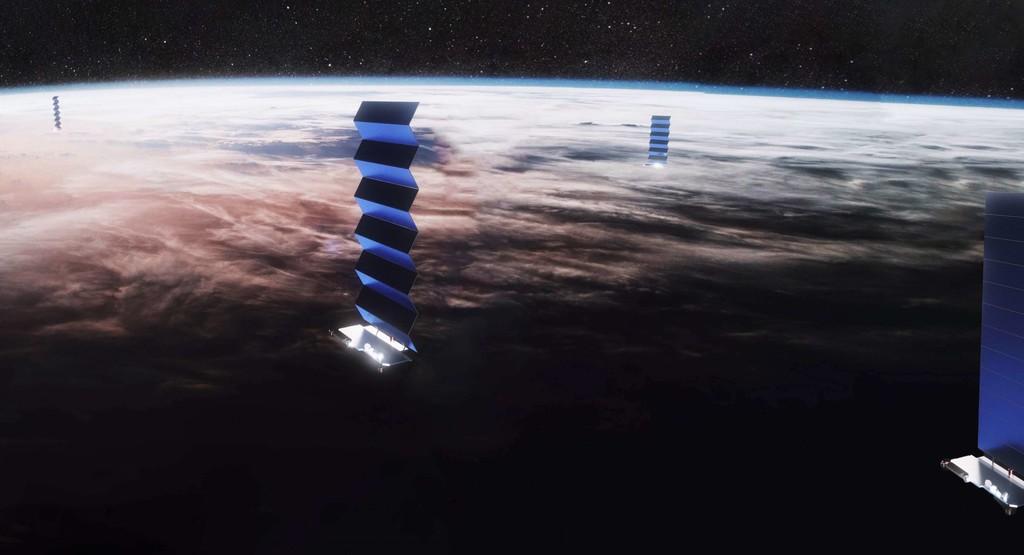 A un mes de su lanzamiento, SpaceX confirma que ha perdido contacto con tres de los 60 satélites de Starlink