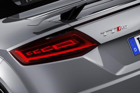 Audi TT RS pilotos OLED