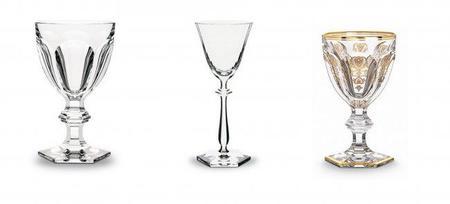 Baccarat puede completar tu servicio de copas de cristal con modelos que datan del 1823