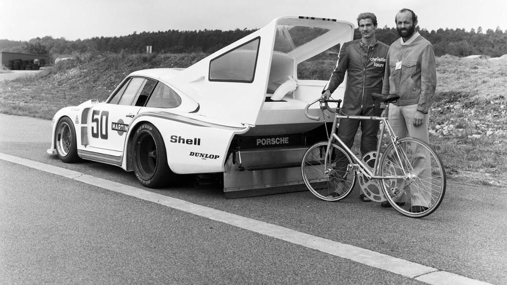 Porsche 935 Turbo Bike 2