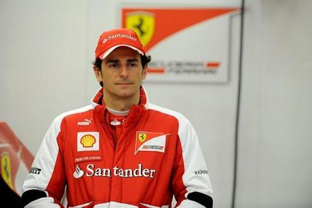 Pedro de la Rosa rueda con Ferrari y los nuevos Pirelli en Montmeló