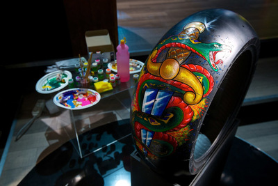 Pirelli Night Dragon, tatuajes y neumáticos para motos custom en el EICMA 2012