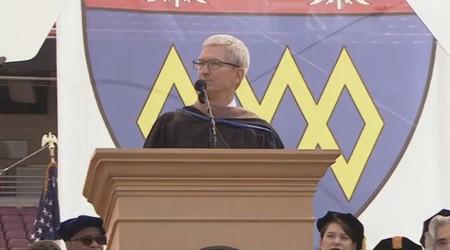 Tim Cook habla sobre privacidad, Steve Jobs y el ser uno mismo ante los graduados de Stanford