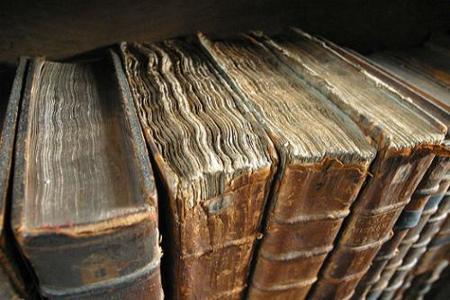 La Biblioteca Cervantes lleva los primeros clásicos al libro electrónico