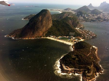 Río de Janeiro: colocan mosaicos con códigos QR para ayudar a los turistas