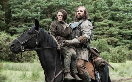 Arya Stark Y El Perro Resumen De Las Temporadas Anteriores De Juego De Tronos