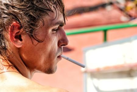Cigarette 2179358 1920