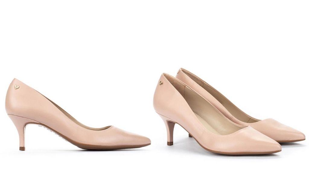 Zapatos de salón de mujer de piel en color maquillaje