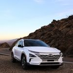 Los 13 coches eléctricos con más autonomía del mercado en 2020: desde 385 km hasta 666 km de vida entre cargas