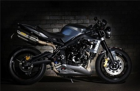 Street-Triple-Ace675CR-lateral