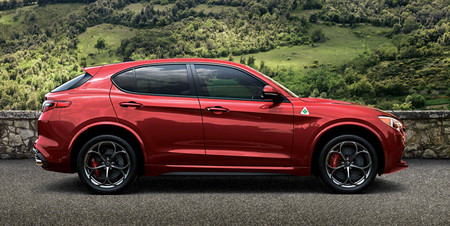 Alfa Romeo Stelvio 2018 7