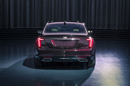 Cadillac Ct5 6