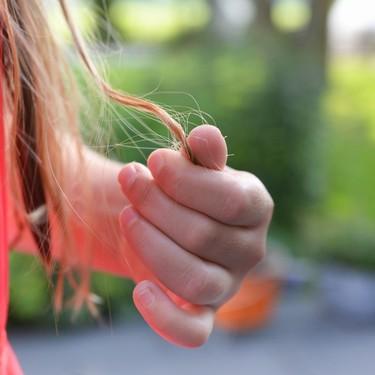 La caída de pelo en el postparto, ¿a qué se debe y qué puedes hacer para fortalecer tu cabello?