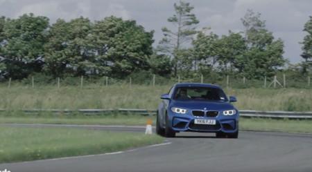 El BMW M2 se enfrenta al M4 y al 1M Coupé en este vídeo