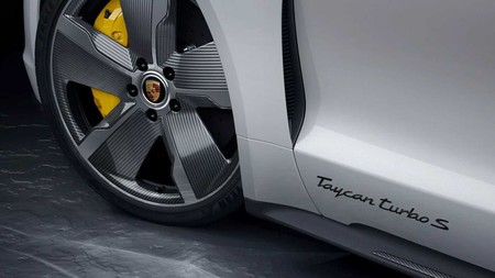 Porsche Taycan Turbo Carbon Sportdesign Package 201962883 1574939457 1
