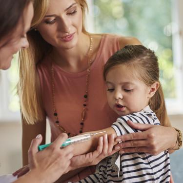 Nuestra experiencia con la vacuna Bexsero: compra, reacción tras el pinchazo y otros consejos