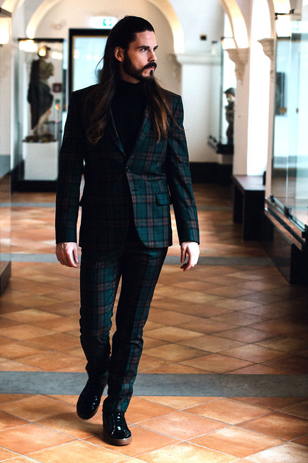 Valentines Day Suit Look Ideas 2