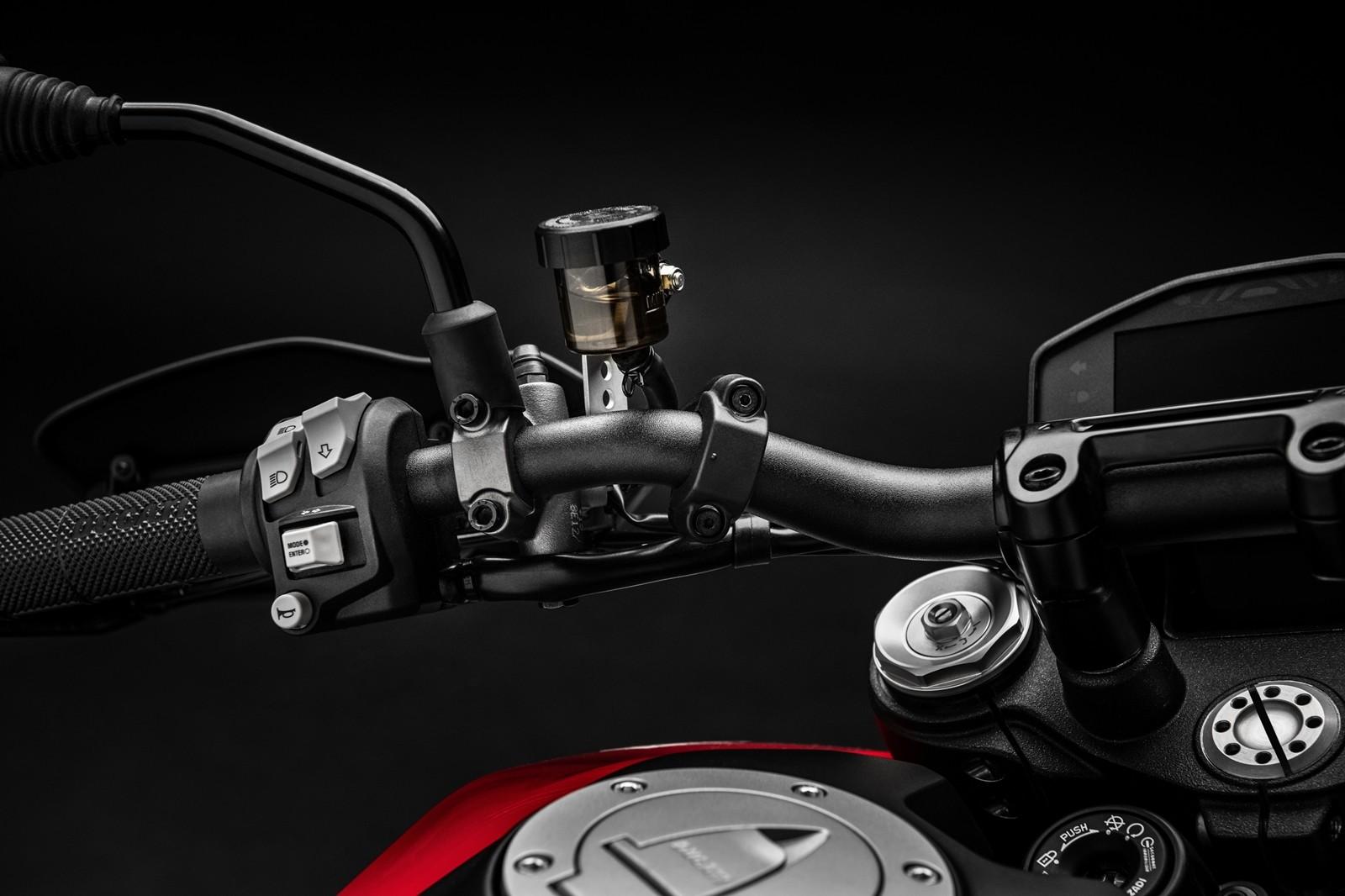 Foto de Ducati Hypermotard 950 2019 (60/76)