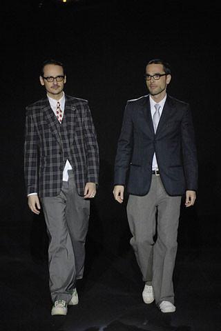 Viktor & Rolf en la Semana de la Moda de Paris Otoño/Invierno 2007/08