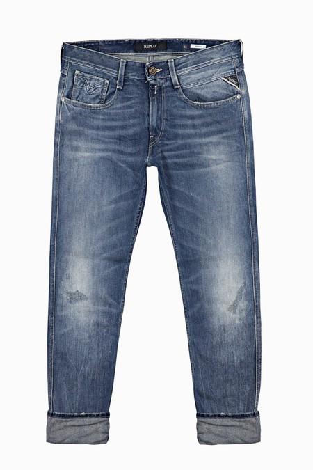 El Denim De Replay Le Pone Un Toque Vintage A Tu Look De Otono Con Su Linea De Jeans Envejecidos 2