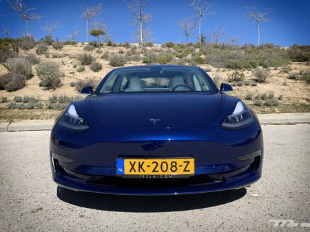 Tesla Model 3 Prueba frontal