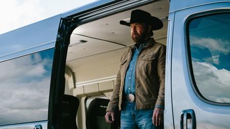 Chuck Norris era el fichaje per-fec-to que necesitaba Fiat para vender furgonetas a prueba de bombas