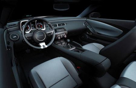 Chevrolet Camaro RS interior