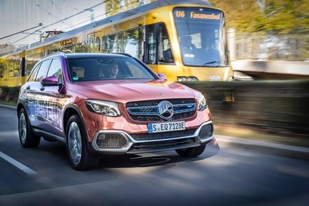 Mercedes comenzará a entregar las primeras unidades del GLC F-Cell a finales de octubre