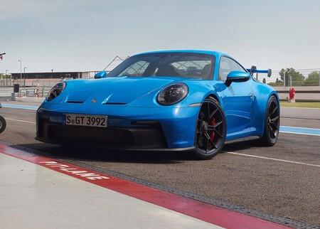 Porsche 911 GT3 2022: 510 hp, caja manual y 0-100 km/h en 3.3 segundos para el rey de los track days