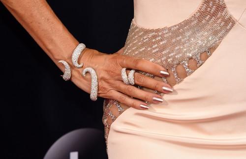 Repasamos las manicuras los Premios Emmy 2016