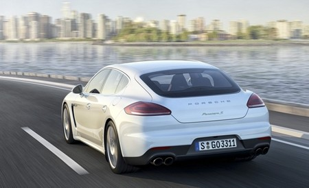 Porsche Panamera S E-Hybrid 03