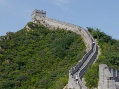 Desmontando mitos viajeros: ¿la Gran Muralla china es la única construcción humana visible desde el espacio?